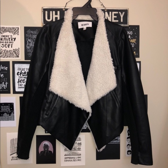 URBAN OUTFITTERS leather fur jacket